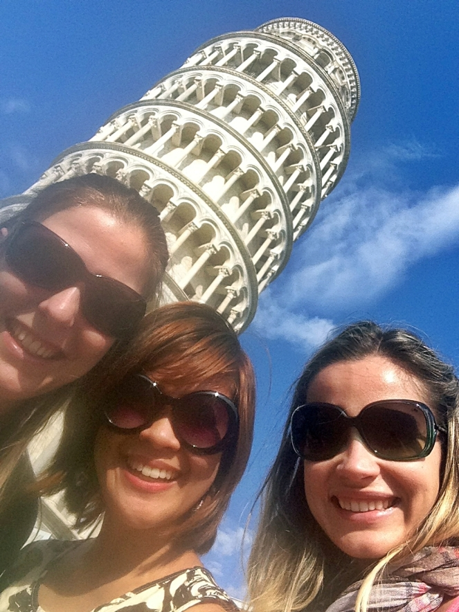 Went on a half-day trip to Pisa with Melissa and Elaine, my new friends from Brazil whom I met at the hostel in Florence.