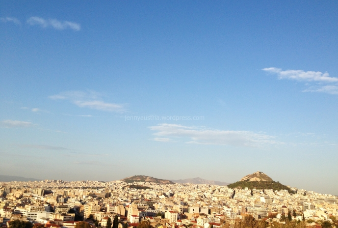 I just sat there and looked at the city below. It must be that 'ancient' feeling that captivates every visitor. I was.