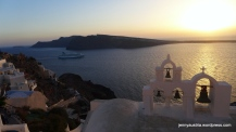 Ships usually 'sail into the sunset', an experience that many tourists are willing to pay premium for.