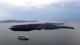 ...with a closer look at Nea Kameni, the volcano island